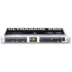 BEHRINGER MIC2200 lampowy...